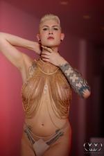 Danni Daniels - StrokingQueens.Com