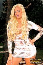 Brazilian shemale goddess Rafaella Ferrari